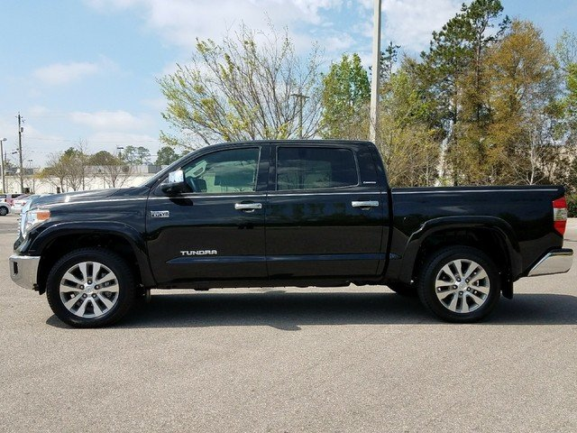 New 2017 Toyota Tundra Limited Crewmax In Tee X607678