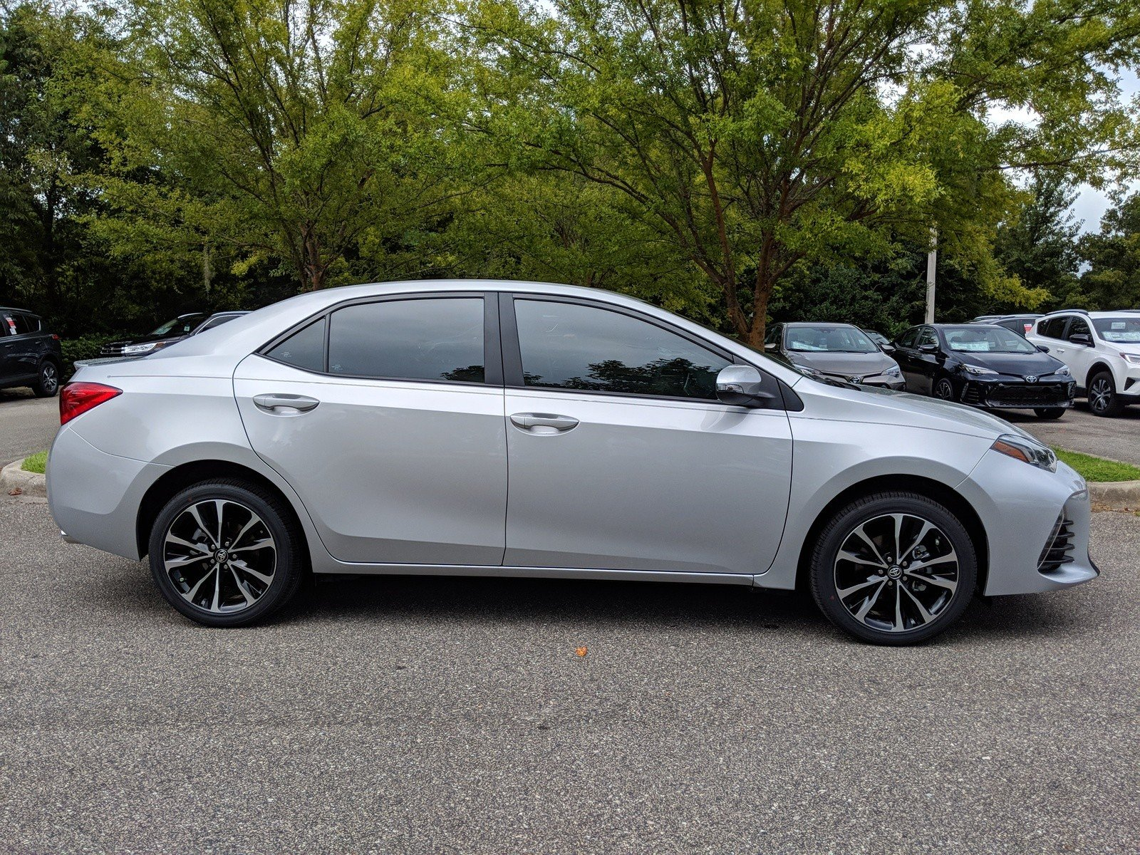 New 2019 Toyota Corolla XSE 4dr Car in Tallahassee P